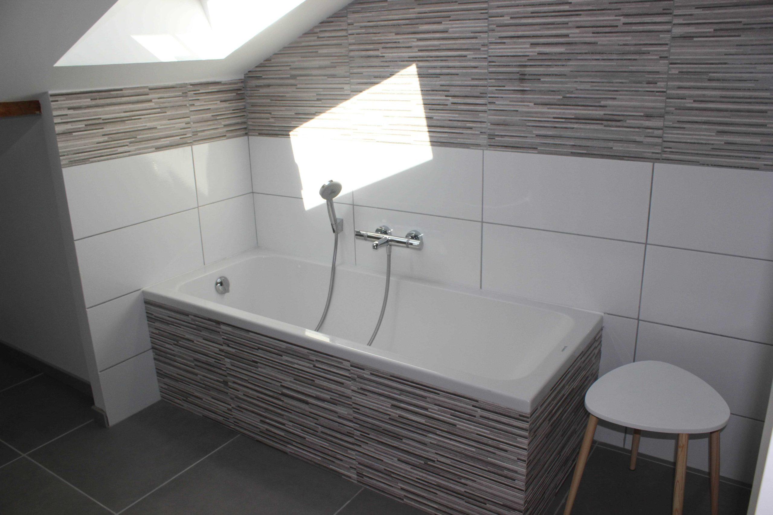 Salle de bain, baignoire - Le Bellevue