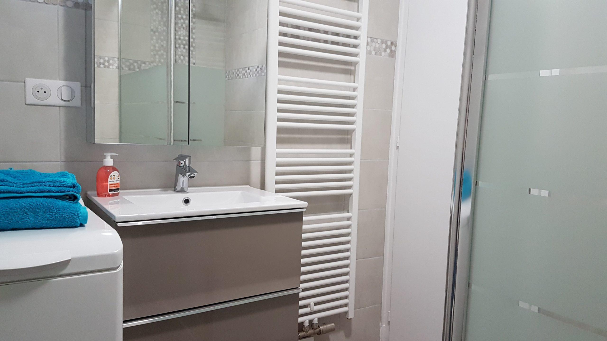 Salle de bain - L'Enchanté