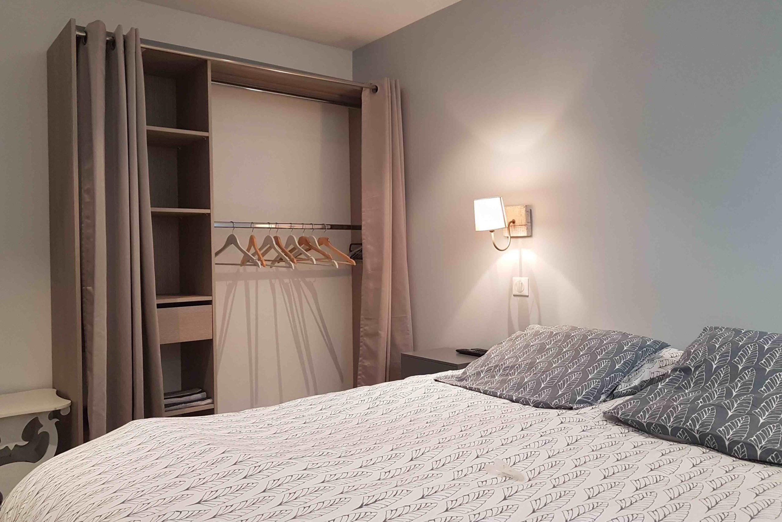 Chambre et dressing - Le Riviera